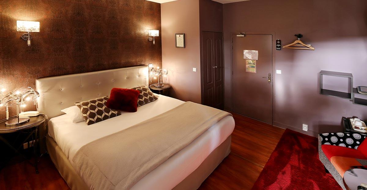 h tel les pasteliers 2 toiles tout confort centre ville albi. Black Bedroom Furniture Sets. Home Design Ideas